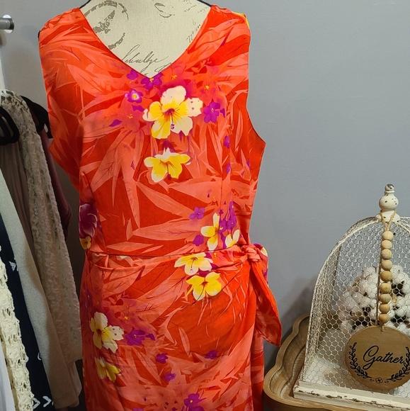 NWOT Woman Pink Floral front wrap Dress Size Xl